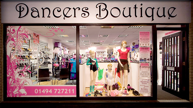 Dancers Boutique of Amersham. Your local specialists in dancewear, ballet shoes and uniform, professional pointe shoe fittings, disco and gymnastics leotards, womens and mens ballroom shoes, dance shoes for all kinds of dance classes, as well as related dance products including gifts and accessories.