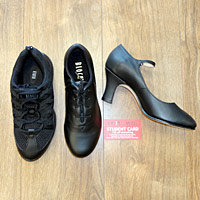 Bloch tap shoes, dance trainers, jazz shoes, New Yorkers, cabaret shoes, Character shoes, drama shoes, dance shoes for college, flexible tap shoes, Student Dancewear, Discount Dancewear, Dance Shoes for College, Musical Theatre Discount, Dance Student Discount.