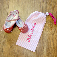 Cute little ballet slipper bag.