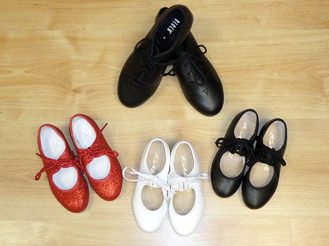 sparkly tap shoes, red tap shoes, childrens tap shoes, Bloch tap shoes.